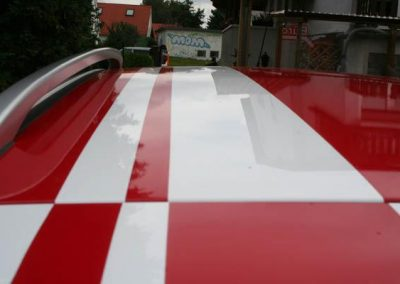 carstyling-dach-rot-weiss
