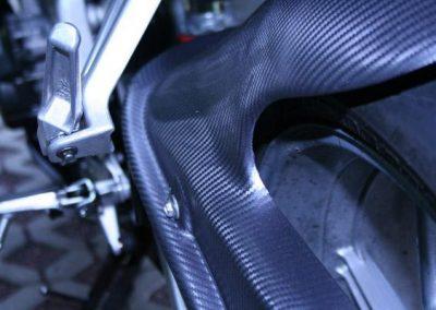 folierung-detail-carbon