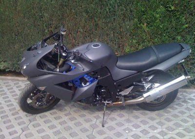 folierung-grau-matt-motorrad