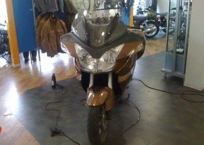 folierung-motorrad-gold