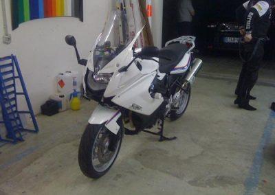 folierung-motorrad-weiss