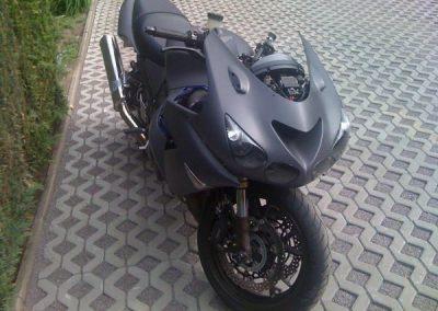 folierung-schwarzes-motorrad