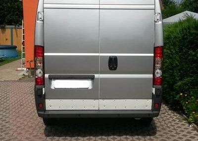 folierung-transporter-silber-hinten
